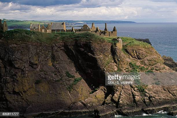 View of the ruins of Dunnottar Castle overlooking the sea, Stonehaven, Scotland. United Kingdom, 15th-17th century.