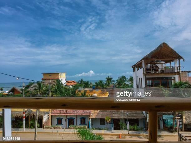 view of the sea in the mancora town - mancora fotografías e imágenes de stock