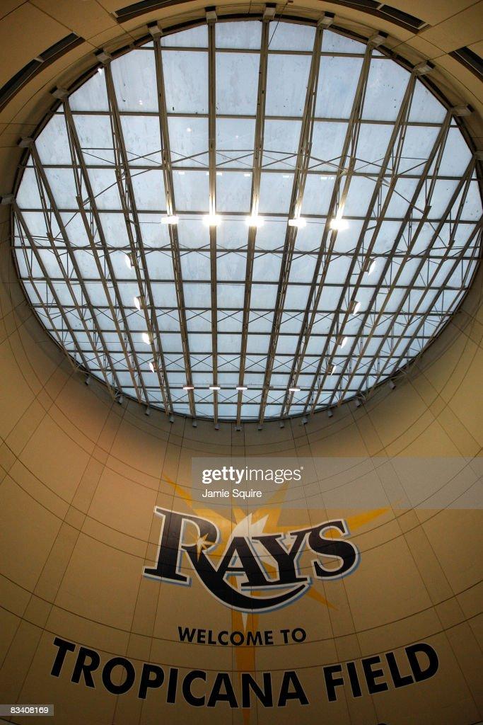 World Series: Philadelphia Phillies v Tampa Bay Rays, Game 2 : News Photo