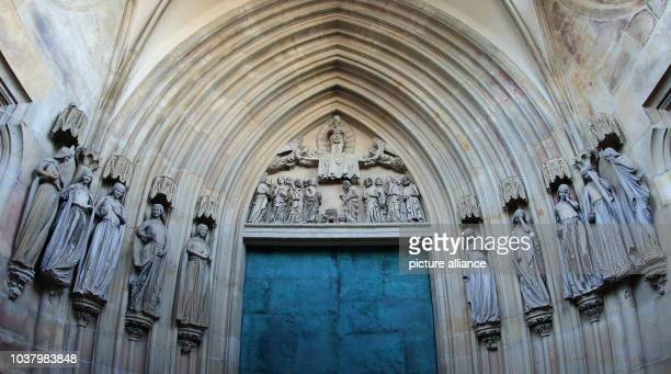 A view of the socalled Paradise Gate displaying the symbolic sculptures of the 'Klugen und toerichten Jungfrauen' at the 'Cathedral of Saints...