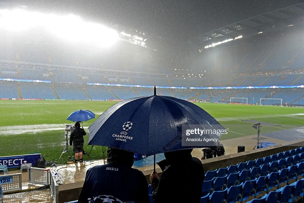 Manchester City V Borussia Monchengladbach: UEFA Champions League : News Photo