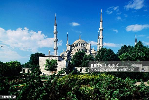 View of the Sultanahmet Camii also known as the Blue Mosque 15971616 built by Sedefkar Mehmed Aga commissioned by Ahmet I historic centre of Istanbul...