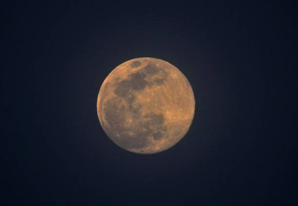 IND: Super Pink Moon Lights Up The Sky Across The World