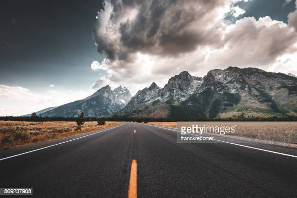 view of the teton national park - mountain range stock pictures, royalty-free photos & images