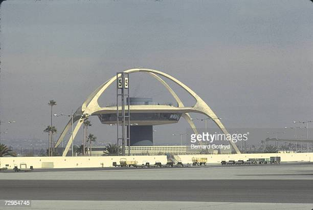 View of the Theme Building at Los Angeles International Airport Losa Angeles 1970s The building was completed in 1961 and features a restaurant