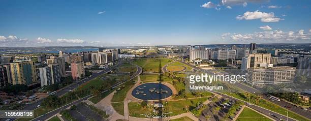 view of the town from brasilia tv tower - brasilia photos et images de collection