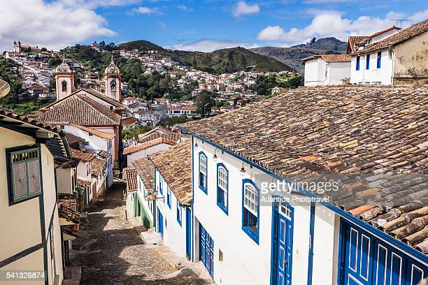 view of the town from rua (street) da conceicao, on the left the igreja (church) de nossa senhora da conceicao - rua fotografías e imágenes de stock
