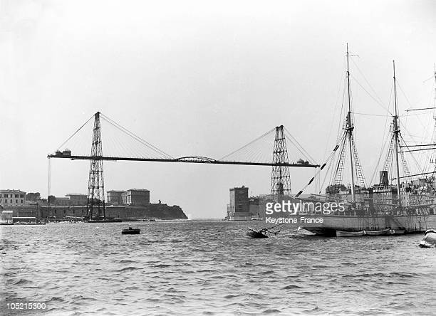 View Of The Transporter Bridge In The Old Port Of Marseilles, Circa 1930-1939.