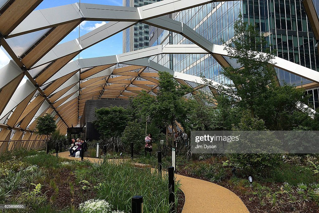 Crossrail Place Roof Garden At Canary Wharf : News Photo