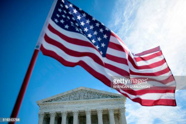A view of the US Supreme Court is seen March 18 2016 in Washington DC / AFP / Brendan Smialowski