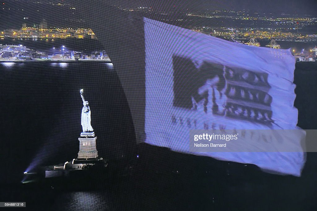 NY: 2016 MTV 2016 Video Music Awards - Branding By Air Event