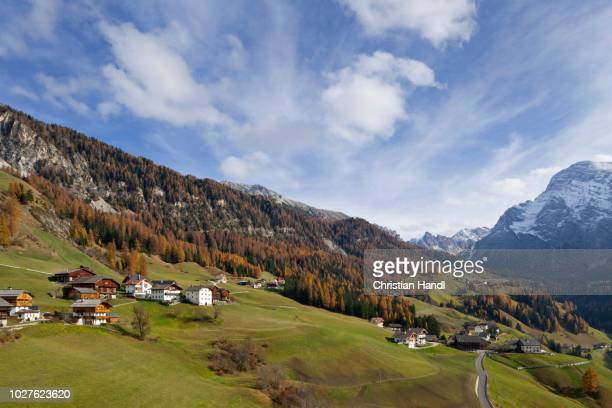 view of the village of tolpei, wengen, gadertal valley or val badia, south tyrol, italy - {{asset.href}} stock pictures, royalty-free photos & images