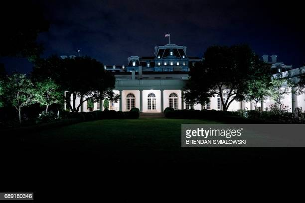 A view of the West Wing of the White House from the Rose Garden May 27 2017 in Washington DC / AFP PHOTO / Brendan Smialowski