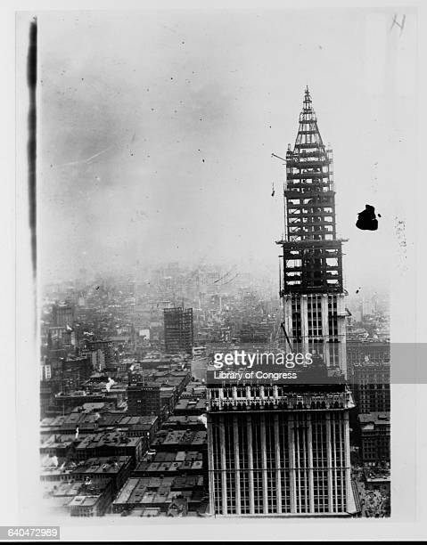A view of the Woolworth Building under construction Upon completion in 1913 the Woolworth building became the tallest building in the world July 1...