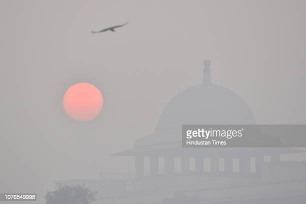 A view of thick smog engulfed during morning hours at Rajpath on January 2 2019 in New Delhi India It was a cold Wednesday morning in the national...
