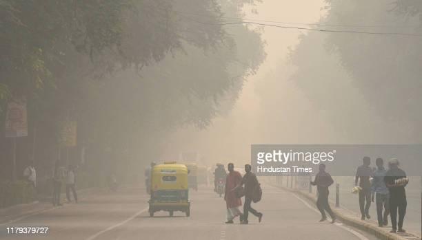 View of Tilak Mark engulfed in heavy smog, near Supreme Court area, on November 1, 2019 in New Delhi, India.