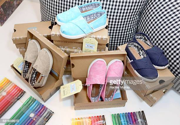buy online 64306 deada World's Best Toms Stock Pictures, Photos, and Images - Getty ...