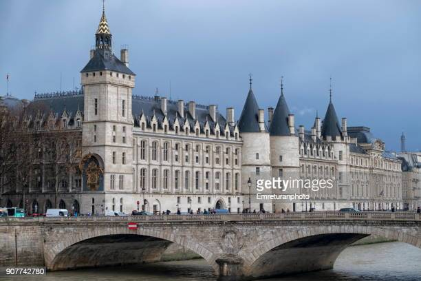 View of Tour de l'Harloge du Palais de la Cite,Paris.