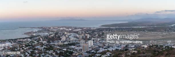 view of townsville, australia - クイーンズランド州タウンズビル ストックフォトと画像