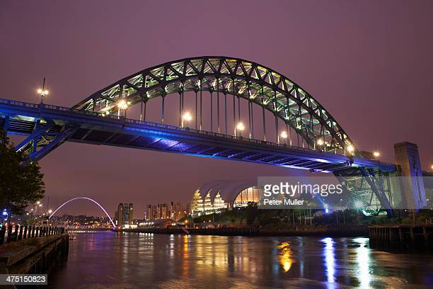 view of tyne bridge at night, newcastle upon tyne, united kingdom - newcastle united pictures stock pictures, royalty-free photos & images