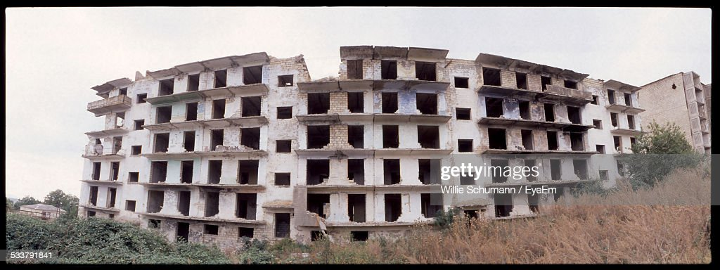 View Of Under Constructed Abandoned Block Of Flats : Foto stock
