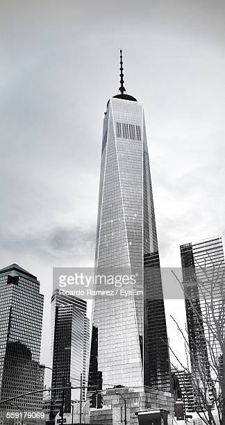 view of world trade center - world trade center manhattan stock pictures, royalty-free photos & images