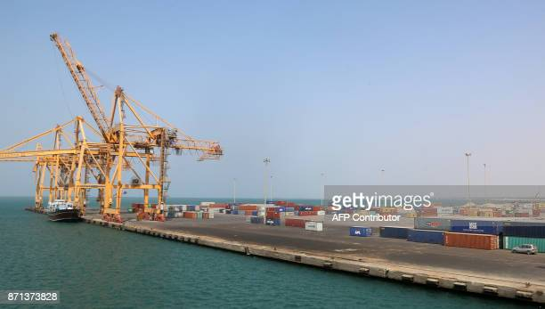A view of Yemen's rebelheld Red Sea port of Hodeida on November 7 2017 Hodeida is a key entry point for United Nations aid to wartorn Yemen / AFP...