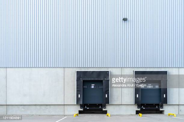 view on a modern building - loading dock stock pictures, royalty-free photos & images