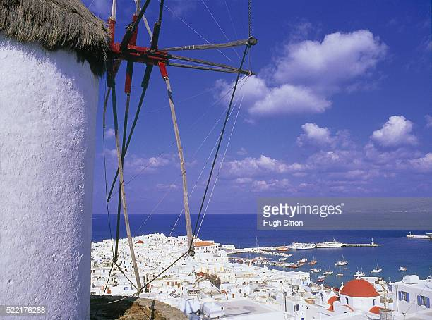 view on mykonos, greece - hugh sitton stockfoto's en -beelden