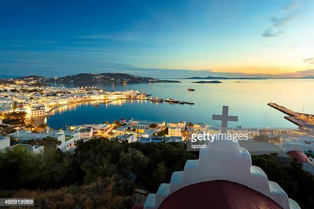 ミコノスの町の眺めのギリシャ