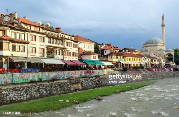 view on the historic city of prizren on the banks of the bistrica river, kosovo - frans sellies stockfoto's en -beelden