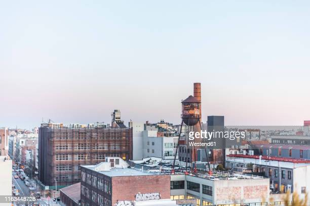 view on williamsburg, new york city, usa - brooklyn new york stock pictures, royalty-free photos & images