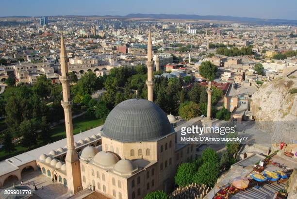 view over şanlıurfa and the mevlid-i halil mosque - şanlıurfa stock pictures, royalty-free photos & images