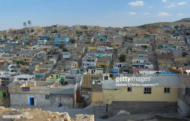 view over şanlıurfa poor neighborhoods - şanlıurfa stock pictures, royalty-free photos & images