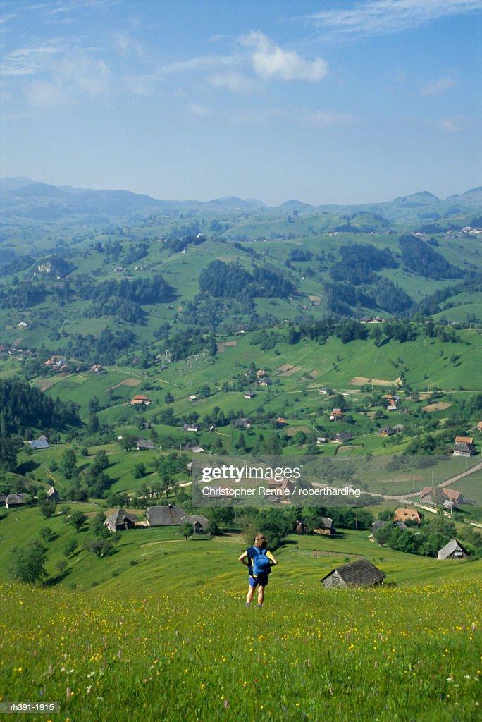 View over Carpathian village of Magura, Transylvania, Romania, Europe : Stockfoto
