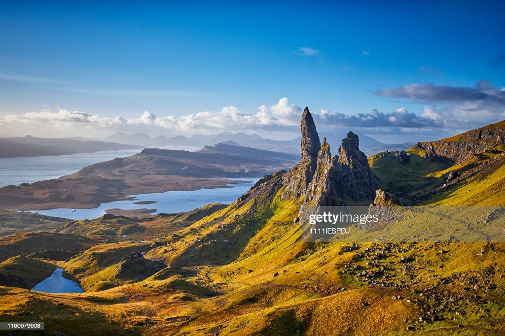View Over Old Man Of Storr, Isle Of Skye, Schottland : Stock-Foto