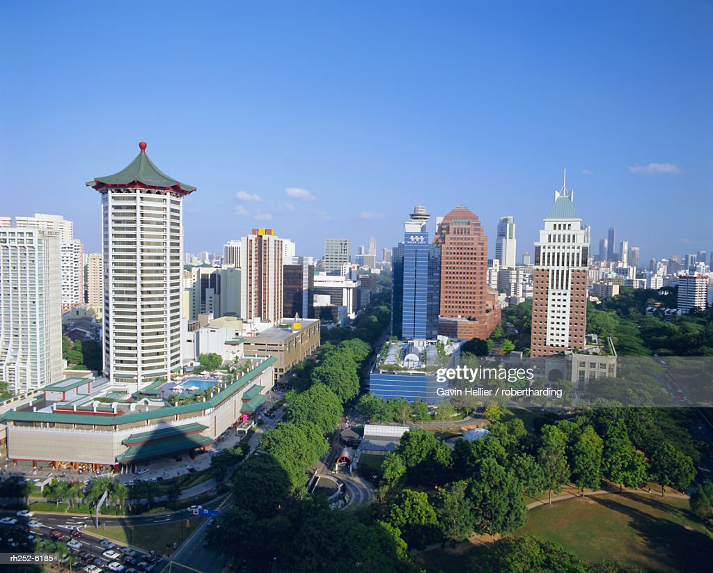 View over the Orchard Road district, one of Asias most popular shopping areas, Singapore : Stockfoto