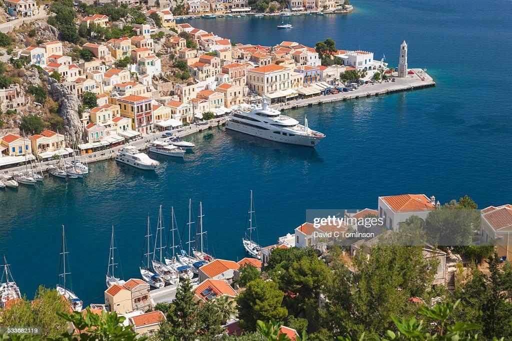 View over the pretty harbour, Gialos, Symi, Greece : Foto stock