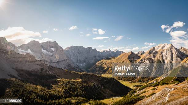view over valley, karwendel region, hinterriss, tirol, austria - karwendel mountains stock pictures, royalty-free photos & images