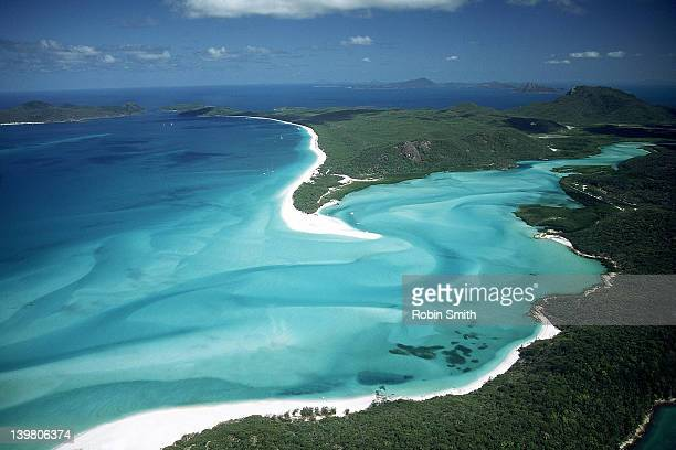 view over whitehaven beach & hill inlet, whitsunday passage, gbr, qld - whitehaven beach stock photos and pictures