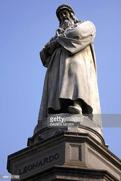 View taken on October 16 2007 in Milan of Statue of Leonardo da Vinci at Piazza Scala Italian city Milan and Aegean city Izmir will seek to host the...