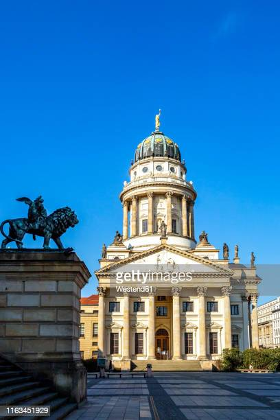 view to french cathedral at gendarmenmarkt, berlin, germany - konzerthaus berlin stock pictures, royalty-free photos & images