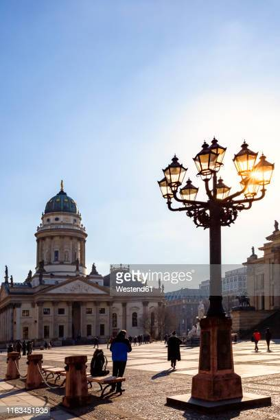 view to german cathedral at gendarmenmarkt in the evening, berlin, germany - konzerthaus berlin stock pictures, royalty-free photos & images