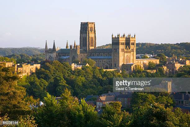 view to the cathedral at sunset, durham, england - castle stock pictures, royalty-free photos & images
