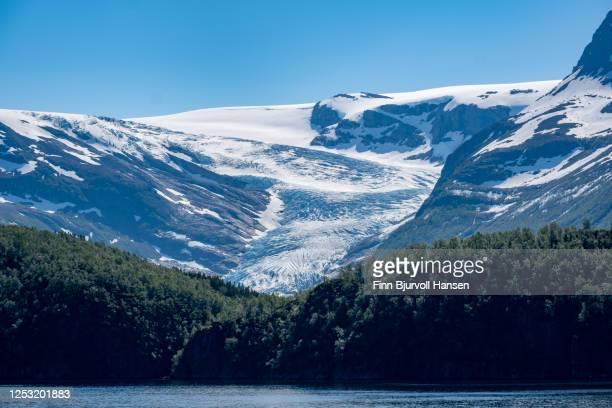 view to the glacier engenbreen/svartisen, norway - finn bjurvoll stock-fotos und bilder