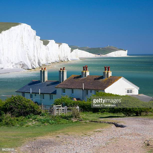 view to the seven sisters, cuckmere haven, england - english culture stock pictures, royalty-free photos & images