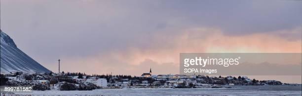 BORGARNES ICELAND BORGARNES ICELAND View towards city of Borgarnes Borgarnes is a town located on a peninsula at the shore of Borgarfjörður in...