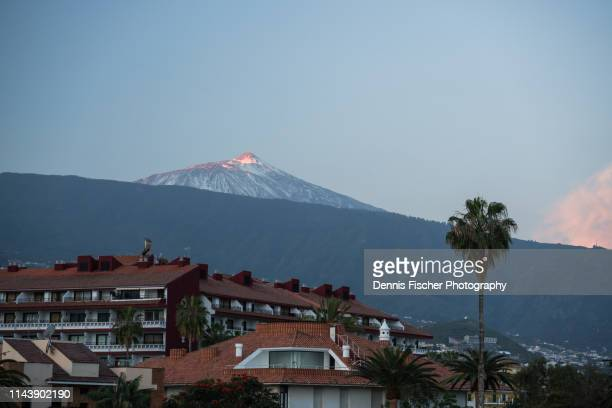view towards teide vulcano - pico de teide stock pictures, royalty-free photos & images