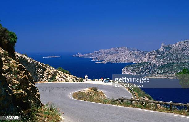 view towards the calanques from corniche des cretes, bouches-du-rhone region. - bouches du rhone stock pictures, royalty-free photos & images