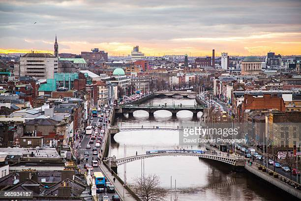 viewpoint over the quays, dublin city - dublin stock pictures, royalty-free photos & images